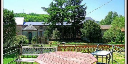 La Villa Bleue  La Villa de Bleue de Mauléon, Chambres d`Hôtes Mauléon (79)
