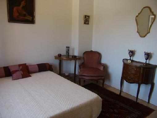 La Maison Aux Fontaines, Chambres d`Hôtes Garéoult (83)