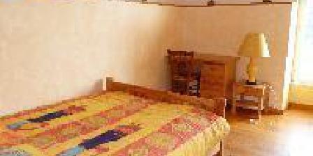 Les Hôtes de Bugarach  Le Rayon Vert, Chambres d`Hôtes Bugarach (11)
