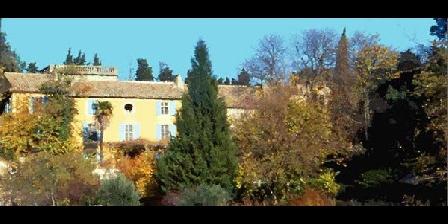 Domaine de Clairefontaine Domaine de Clairefontaine, Chambres d`Hôtes Pujaut (30)