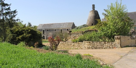 Logis des Moulins  LOGIS  DES  MOULINS Gite  et chambres d'hôtes, Chambres d`Hôtes BRIGNE (49)