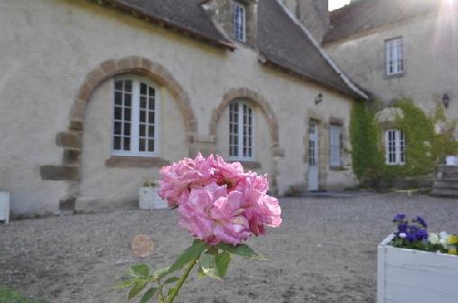 Chateau de Villars Gîte et Chambres D'hôtes, Chambres d`Hôtes Villeneuve Sur Allier (03)