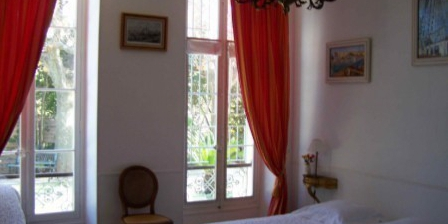 Chambre d'hotes La Bastide de L'Etoile > La Bastide de L'Etoile, Chambres d`Hôtes Marseille (13)