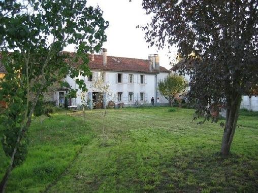 Maison Bonne La Vie, Chambres d`Hôtes Saint-Sever De Rustan (65)
