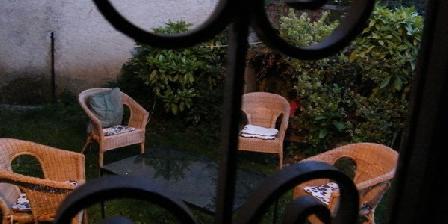 Maison Bonne La Vie Maison Bonne La Vie, Chambres d`Hôtes Saint-Sever De Rustan (65)