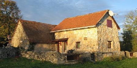 La Métairie Rouge La Métairie Rouge, Chambres d`Hôtes Crégols (46)