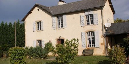 Gite Ancien Presbytere > Ancien Presbytere, Gîtes Luc-Armau (64)