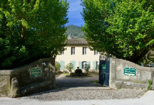 Le Pachoquin, Chambres d`Hôtes Méounes Les Montrieux (83)