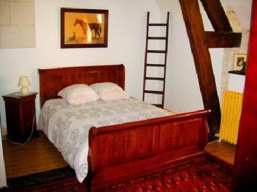 Manoir des Bertinières, Chambres d`Hôtes Cravant Les Coteaux (37)