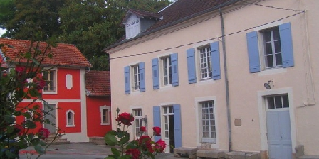 Petit Château Armand Bourgoin Petit Château Armand Bourgoin, Chambres d`Hôtes Raincourt (70)