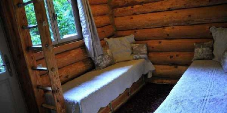 La Cabane du Safran La Cabane du Safran, Chambres d`Hôtes Bussière Galant (87)