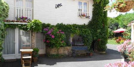 La Fleur De Lys Une Chambre D 39 Hotes Dans Les Deux S Vres