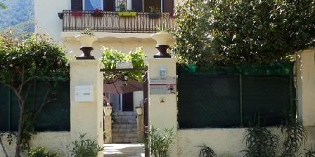 Chez Christian Chambres d'hôtes  chez christian, Chambres d`Hôtes Ville Di Paraso (20)