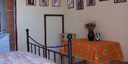 L'Orangette L'Orangette, Chambres d`Hôtes Regusse (83)