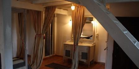 Les Trois Maillets Les Trois Maillets Orléans, Chambres d`Hôtes Orleans (45)