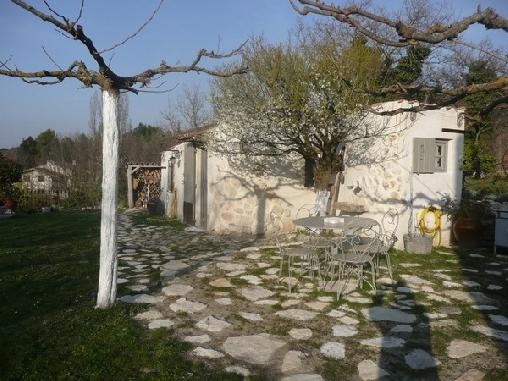 Chambre d'hote Bouches du Rhône - La Belle Brocanteuse, Chambres d`Hôtes Le Puy Sainte Réparade (13)