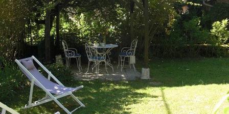 Le Jardin des Lys Le Jardin des Lys, Chambres d`Hôtes Saint Léonard De Noblat (87)