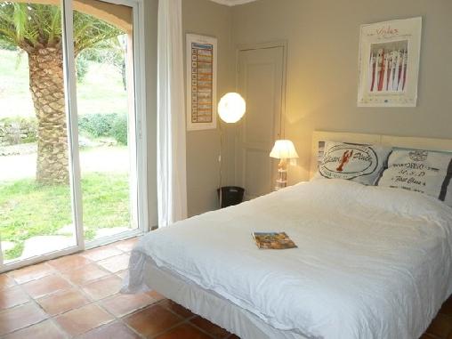 Les figuiers une chambre d 39 hotes dans le var en provence - Cote serein chambres de la tour cachee ...