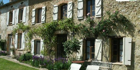 Gîtes Lucien Coinon Chambres D'Hôtes et 2 petits gîtes  1 à 4 pers Nadouce, Chambres d`Hôtes Puybegon (81)