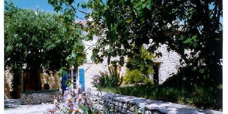 Les Figourieres Les Figourieres, Chambres d`Hôtes Sainte-Anastasie (30)