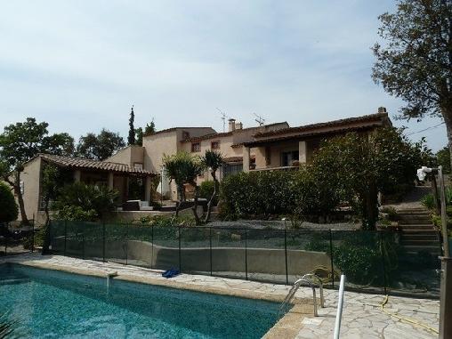Villa Le Mazet, Chambres d`Hôtes Fréjus (83)