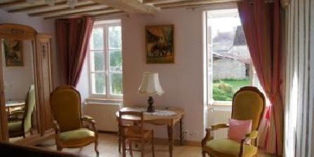 Chambre d'hotes La Ferme du Bourg > La Ferme du Bourg, Chambres d`Hôtes Eraines (14)
