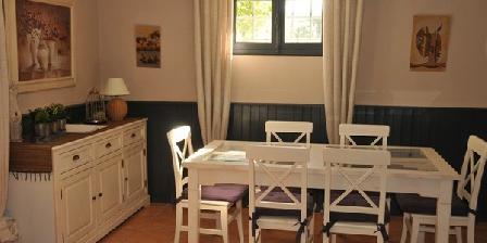 Le Cypres Bleu Le Cypres Bleu, Chambres d`Hôtes Roussillon (38)