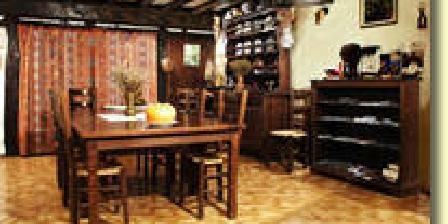Nos Sens à Table Nos Sens à Table, Chambres d`Hôtes Alleriot (71)