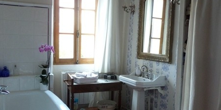 La Maison Bleu Miel La Maison Bleu Miel, Chambres d`Hôtes La Garde (83)