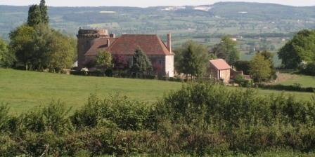 Chateau de Sallebrune Chateau de Sallebrune, Chambres d`Hôtes Montmarault (03)