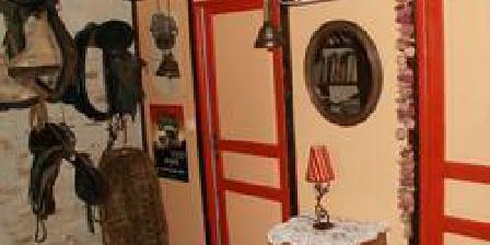 La Ferme des Chataîgniers La Ferme des Chataîgniers, Chambres d`Hôtes Boussac-Bourg (23)