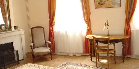 Chambre d'hotes Les Lauriers Rouges > Les Lauriers Rouges, Chambres d`Hôtes Arles (13)