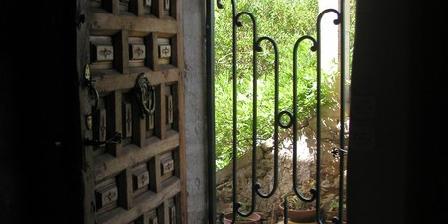 La Maison du Cadran La Maison du Cadran, Chambres d`Hôtes La Tour Sur Orb (34)