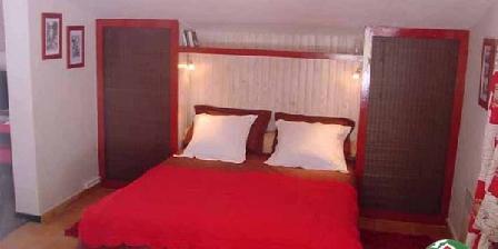 Chambre d'hotes Suite Coquelicot > Suite Coquelicot, Chambres d`Hôtes Speracedes (06)