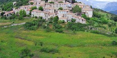 Les Vignes de La Tour Saint-Blaise Village de Trigance