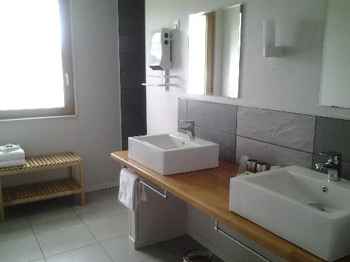 Suite Tourterelle, salle de bain