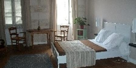 L'Oustal L'Oustal, Chambres d`Hôtes Jonzac (17)