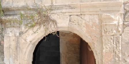 Gite Chateau des Frémigières > Chateau des Frémigières, Gîtes Lapalud (84)