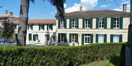 Domaine des Deux Cedres Domaine des Deux Cedres, Chambres d`Hôtes Gauriac (33)