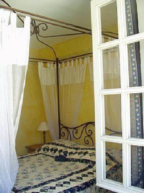 Villa La Rose des Vents, Chambres d`Hôtes Tourrettes (83)