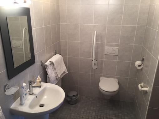 Chambre d'hote Côtes-d'Armor - Salle de douche/wc, La Fournil