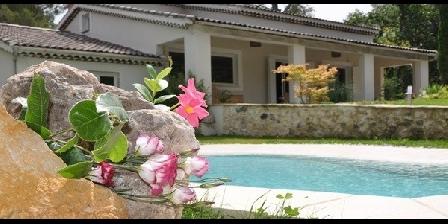 Les Bains du Soleil Levant  Les Bains du Soleil Levant & Spa, Chambres d`Hôtes Ventabren (13)