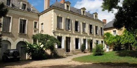 La Grande Maison La Grande Maison, Chambres d`Hôtes Pas De Jeu (79)