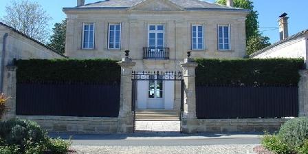 La Demeure La Demeure, Chambres d`Hôtes Pugnac (33)