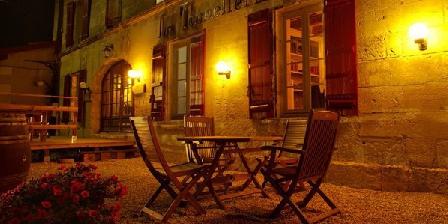 La Tonnellerie La Tonnellerie, Chambres d`Hôtes Chateauneuf Sur Charent (16)