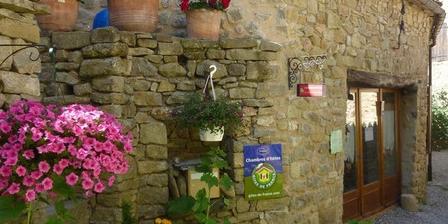 Les Roses Trémières Les Roses Trémières, Chambres d`Hôtes Saint Andre De Rosans (05)