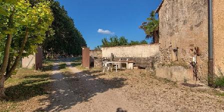 Mas La Vitalis Mas La Vitalis, Chambres d`Hôtes L'Isle Sur La Sorgue (84)