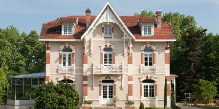 La Grande Maison La Grande Maison, Chambres d`Hôtes Moustey (40)