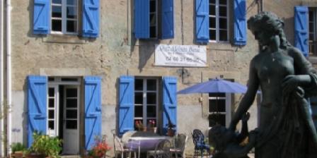 Chez Maison Bleue Chez Maison Bleue, Chambres d`Hôtes Sonnac Sur L'hers (11)