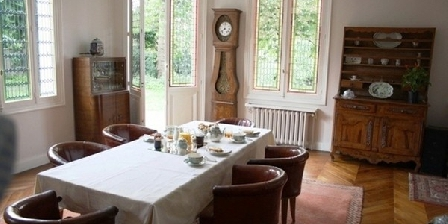 La Maison de Chatou La Maison de Chatou, Chambres d`Hôtes Chatou (78)